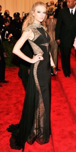 050713-met-ball-taylor-swift-350